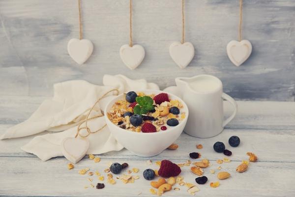 9 egészségesnek hitt reggeli, ami SOHA ne kerüljön a tányérodra