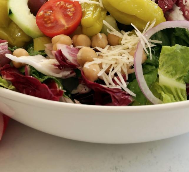Olaszos mindent bele saláta