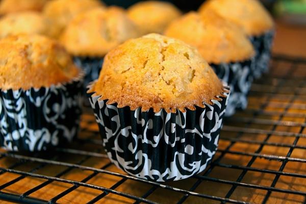 Répás-ananászos muffin