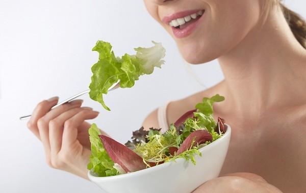 10 ok, amiért megéri mindennap salátát enni